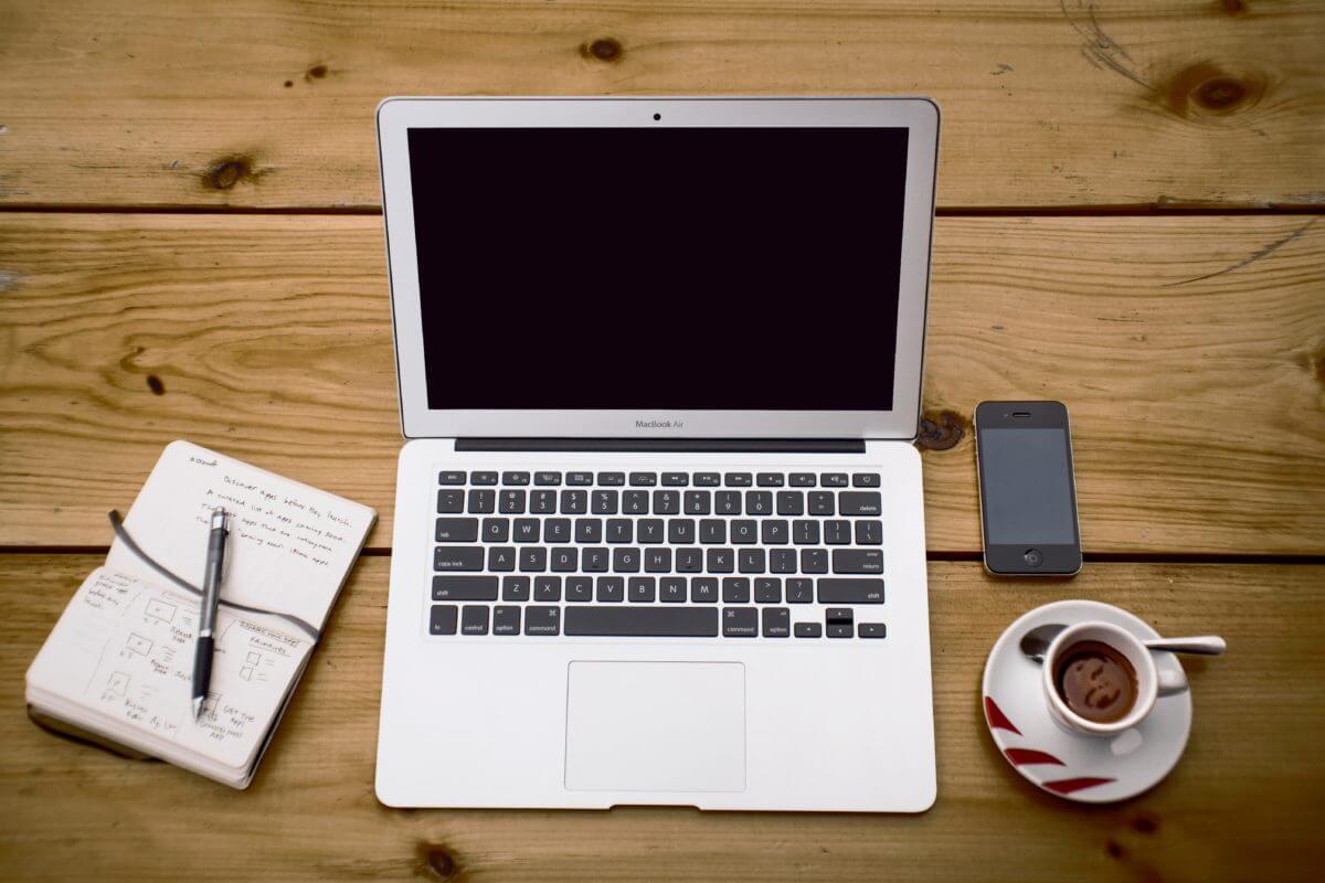 macのfinderにハードディスクを表示する